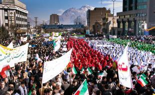 تقدیر آیت الله علما و استاندار کرمانشاه از حضور مردم در راهپیمایی