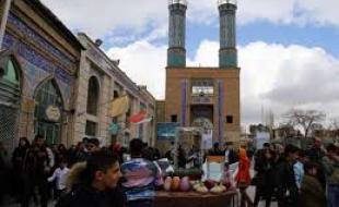 برگزاری مراسم تحویل سال نو در بقاع متبرک کرمانشاه
