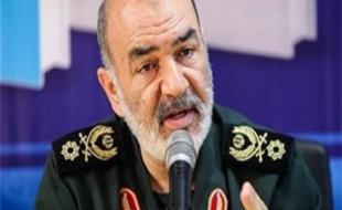 سرلشکر حسین سلامی را بیشتر بشناسید/ فرماندهی که موضع گیری های قاطعانه اش در مقابل دشمنان زبانزد است