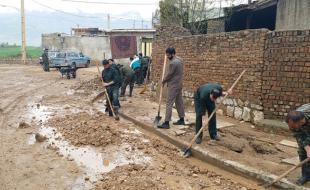 خدماترسانی جهادگران کرمانشاهی به ۱۹ روستای سیل زده لرستان