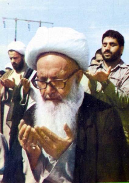 امام خمینی (ره): هر وقت آقای اشرفی اصفهانی را میبینم، به یاد خدا میافتم